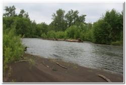 Переправа через реку Толбачик на Камчатке