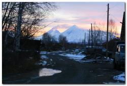 Мощный шлейф пепла вулкана Ключевского на Камчатке