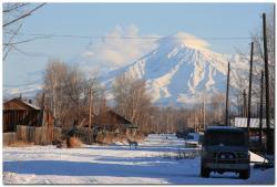 Ключевской вулкан выбросил столб пепла