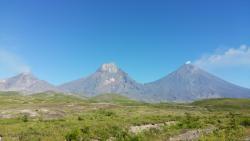 Вулканы Камчатки: Безымянный, Камень, Ключевской