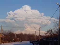 Извержение вулкана Безымянного на Камчатке