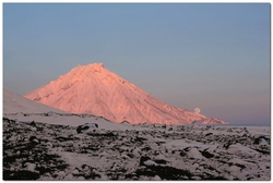 Вулкан Большая Удина на полуострове Камчатка